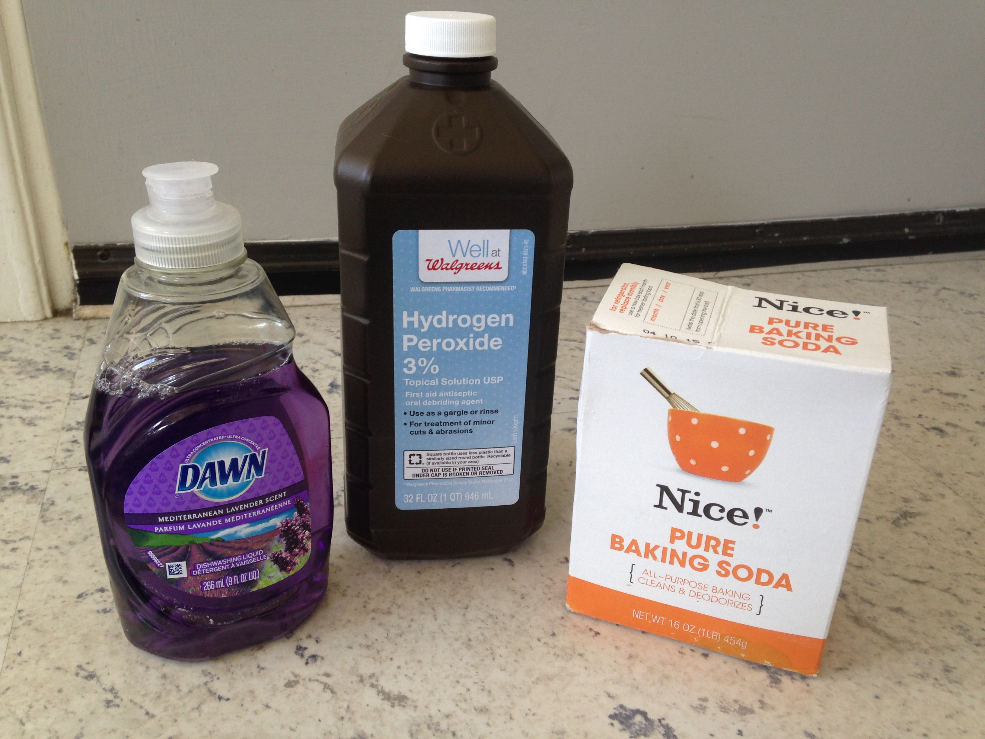 Getting skunk smell out of the house - The Three Ingredients You Need To Make A Skunk Wash But Be Careful These Ingredients Must Be Mixed In An Open Container Or They Could Explode